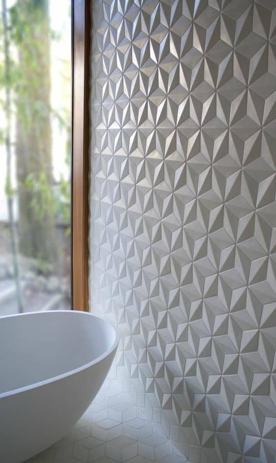 une salle de bain avec mur a relief - 7 idées déco et aménagement de la salle de bain