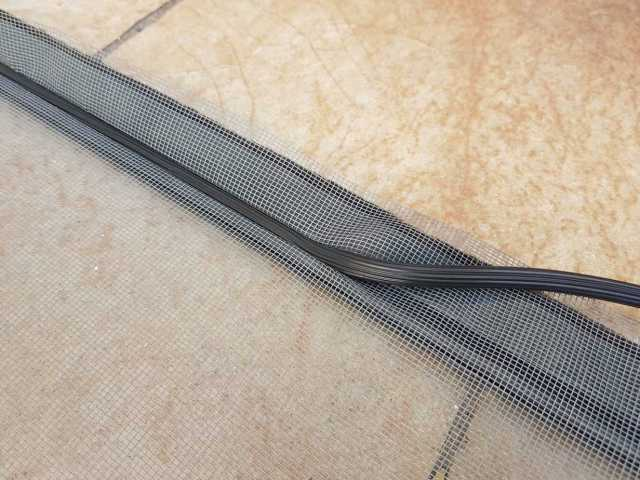 installation filet moustiquaire Avosdim 2048x1536 - Avosdim, un site web spécialiste de la fenêtre