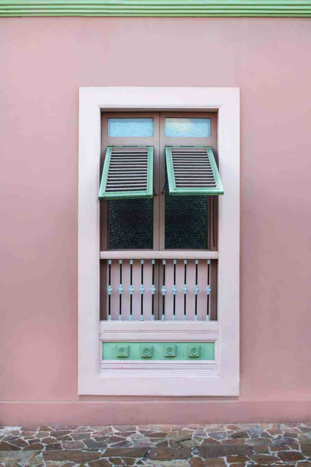 ana paula izurieta 312455 unsplash 2 1365x2048 - 8 gestes simples pour réduire la pollution de l'air intérieur