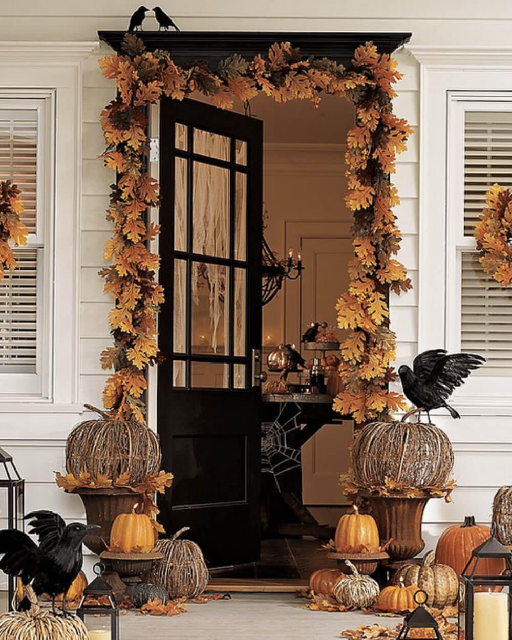 Décoration de porte pour halloween dans un style automnal - 12 idées pour décorer la porte à Halloween