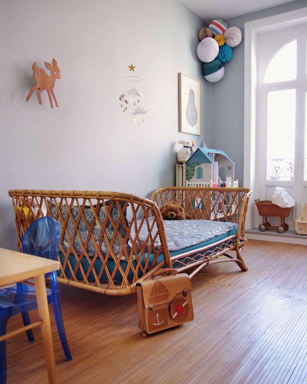 mathilde merlin 3C4l8JNAsLA unsplash 2 1639x2048 - 9 objets rétro à intégrer dans une décoration vintage