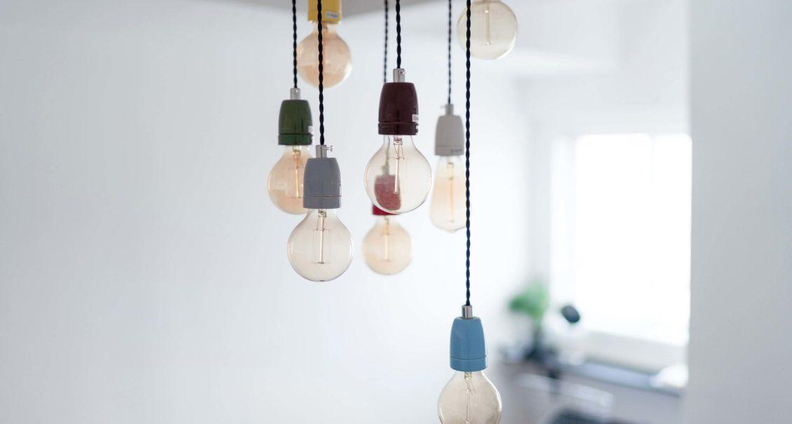 suspension avec ampoule pour éclairage intérieur