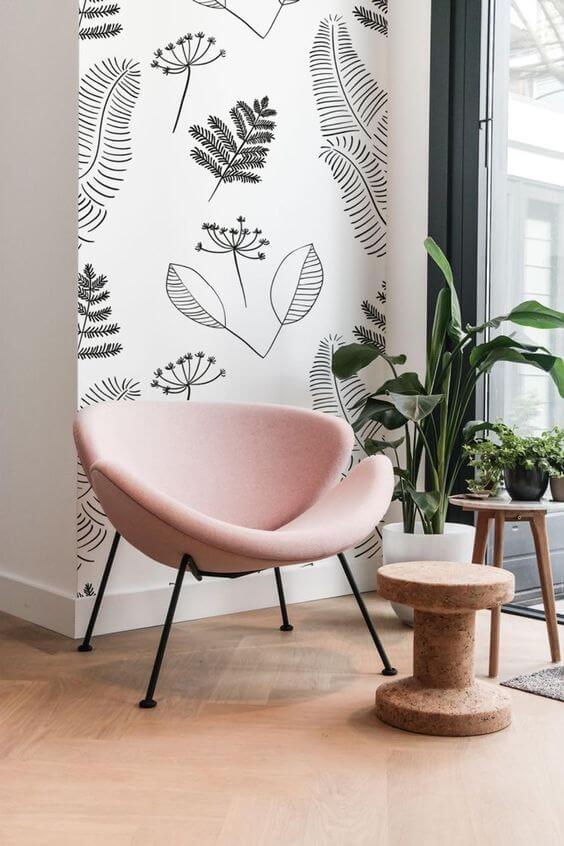 Un salon cocooning avec un papier peint poétique et délicat  - Quel papier peint pour mon salon ?