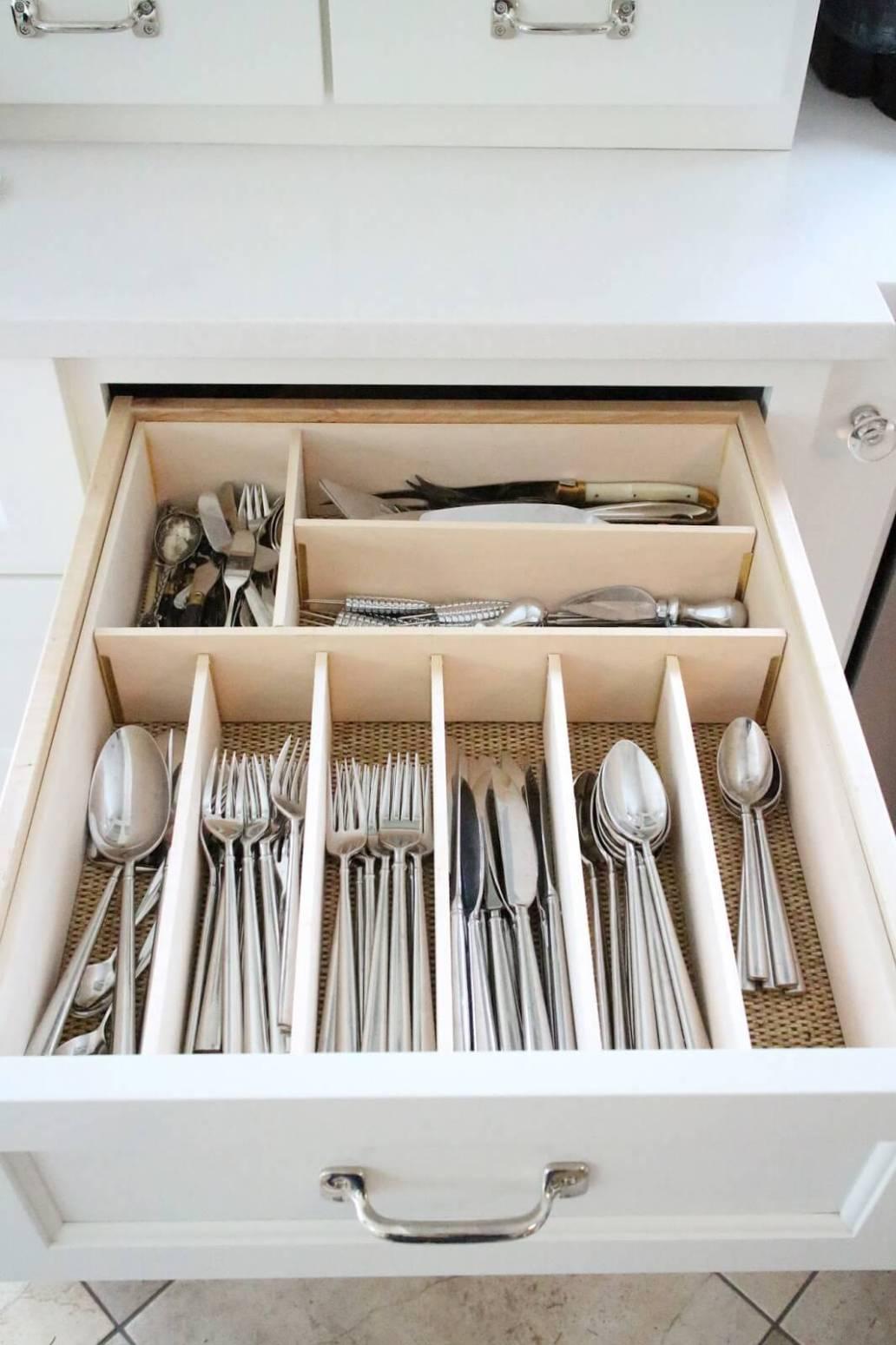 compartiments pour tiroir spécial placards de la cuisine - Comment organiser les placards de la cuisine ?