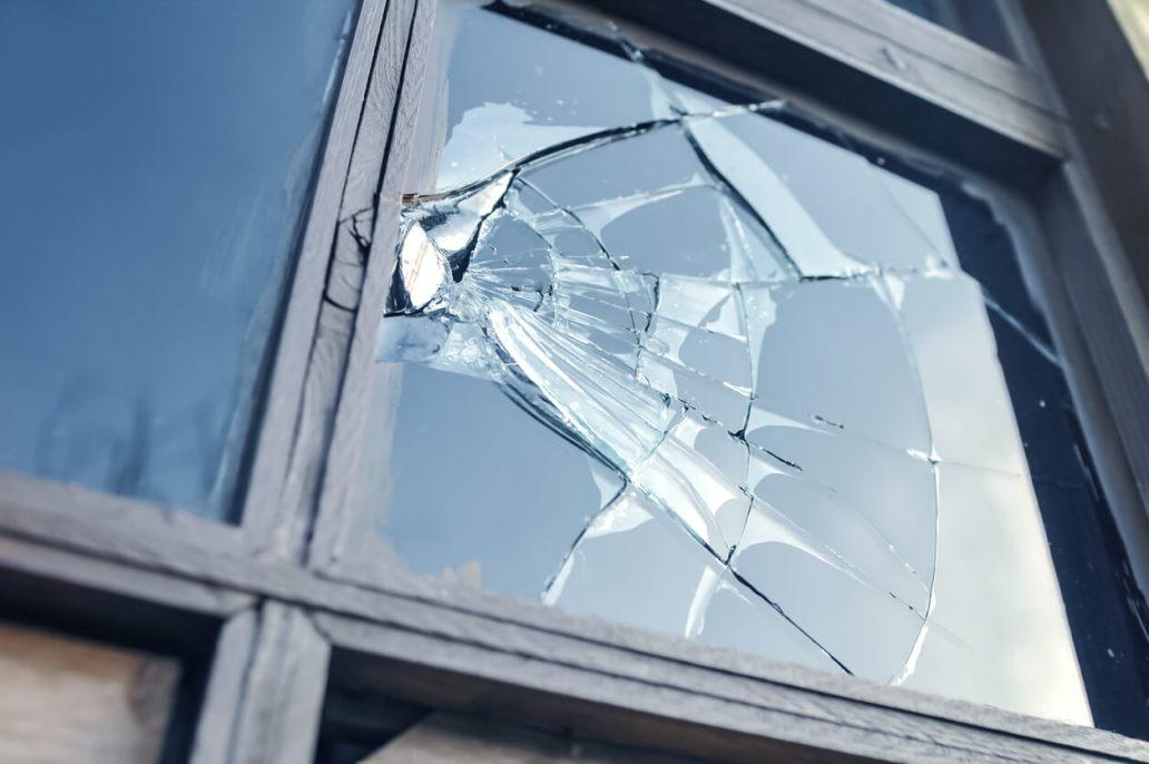img quel budget prevoir pour le remplacement d une vitre cassee en region parisienne 2 - Quel budget prévoir pour le remplacement d'une vitre cassée en région parisienne ?