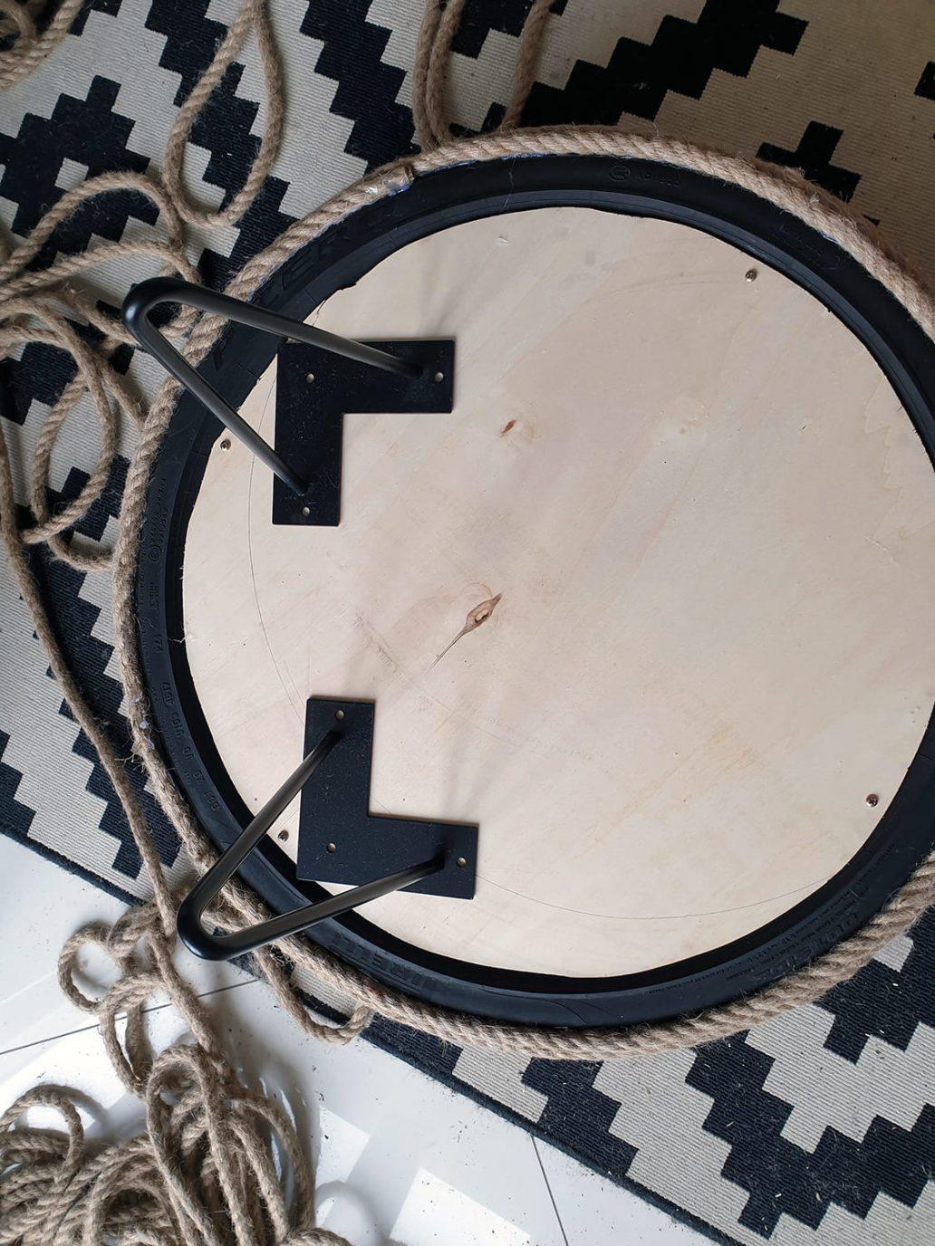 20200930 161322 rotated - DIY Récup : fabriquer une table basse avec un pneu