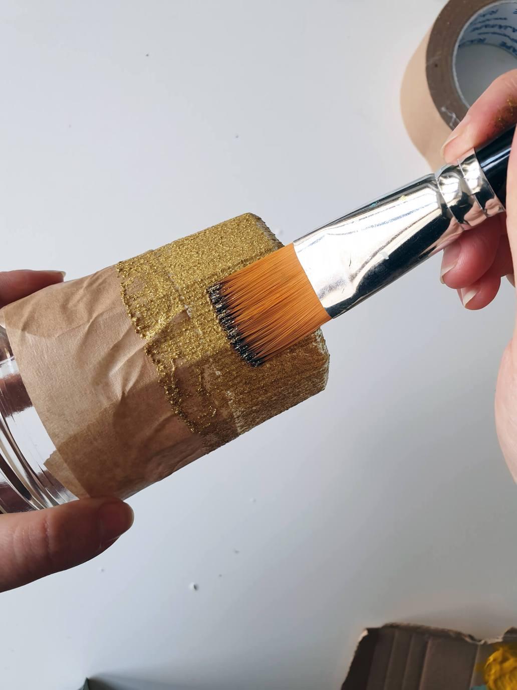 20201013 170041 - DIY Noël zéro-déchet : créer des photophores dorés