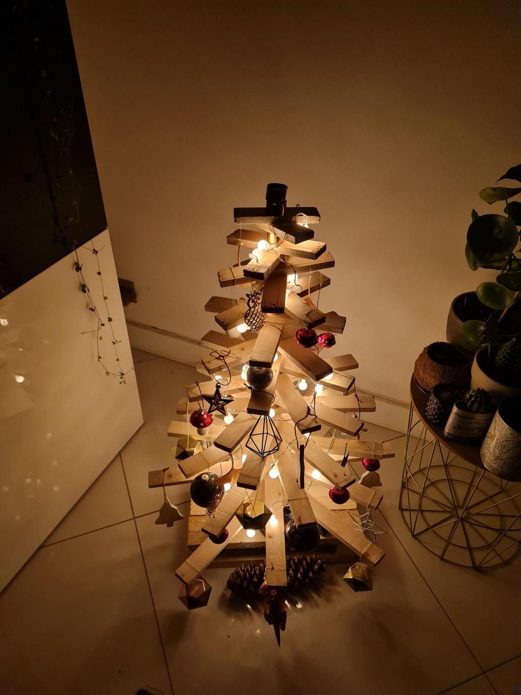 20201209 034056 - DIY récup : fabriquer un sapin de Noël en bois avec des tasseaux
