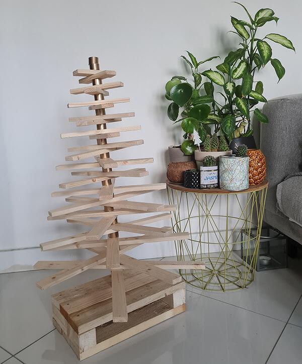 gfgrtrgtrgtr - DIY récup : fabriquer un sapin de Noël en bois avec des tasseaux