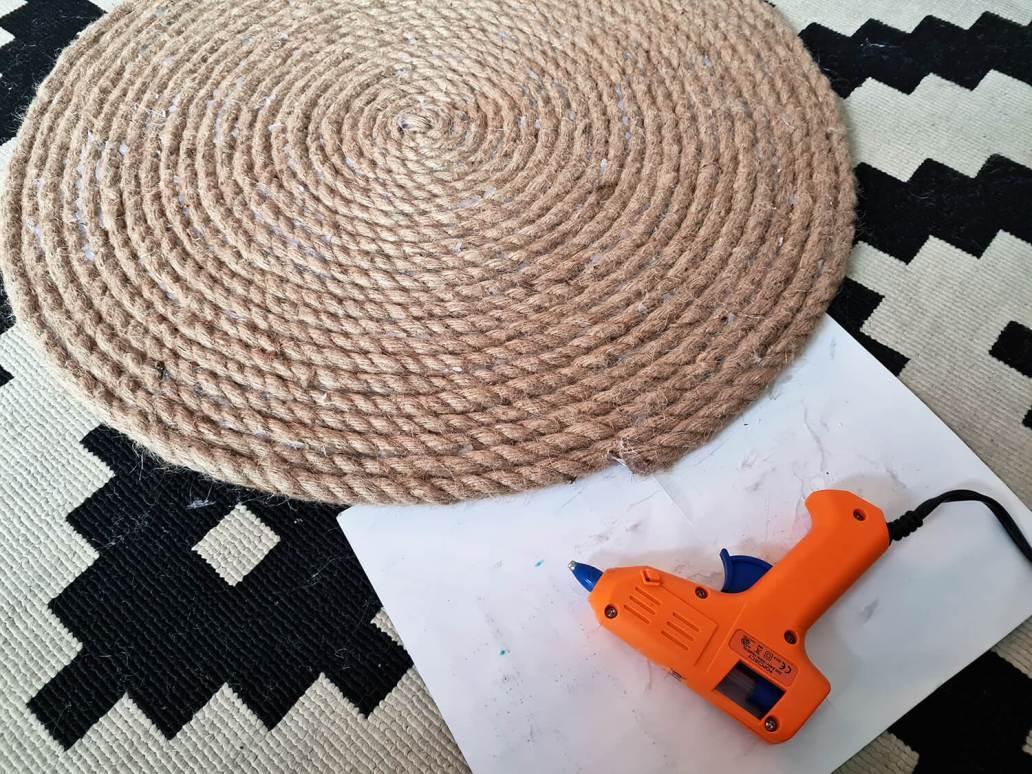 20210105 153327 - DIY bohème : fabriquer un tapis mandala avec des cordes