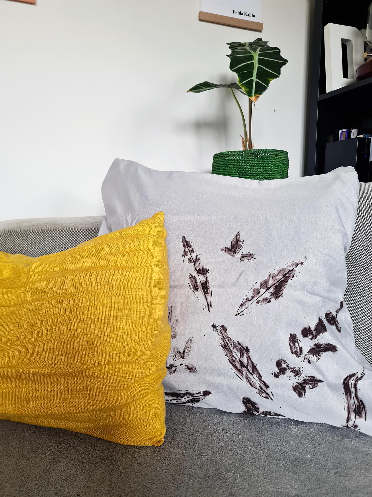 20210128 131244 - DIY : créer un coussin végétal avec des feuilles