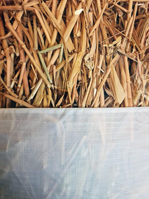20210514 152606 - DIY jardin : Fabriquer un pouf original avec de la paille