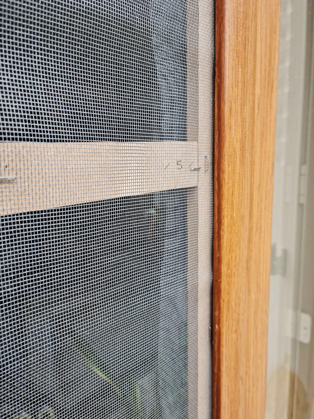 20210819 171315 - DIY pratique : fabriquer une moustiquaire pour porte ou fenêtre