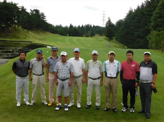 ゴルフ参加者 記念撮影