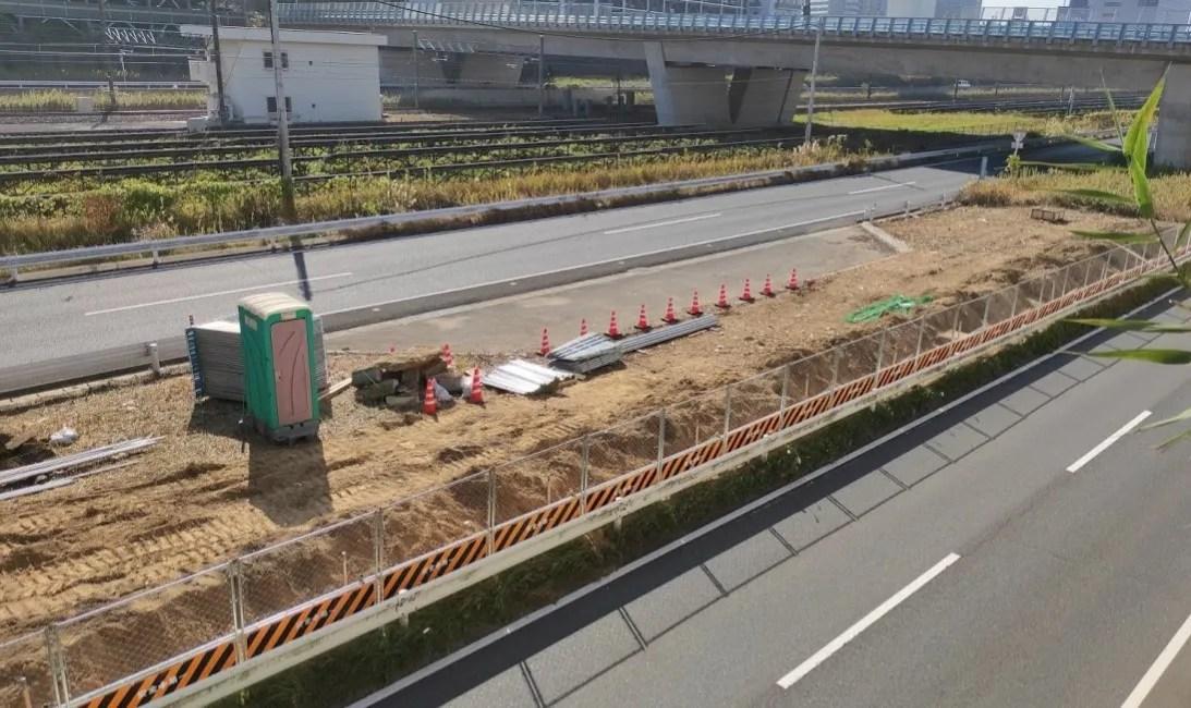 千葉ニュータウン中央駅近くの464でやってる工事。01