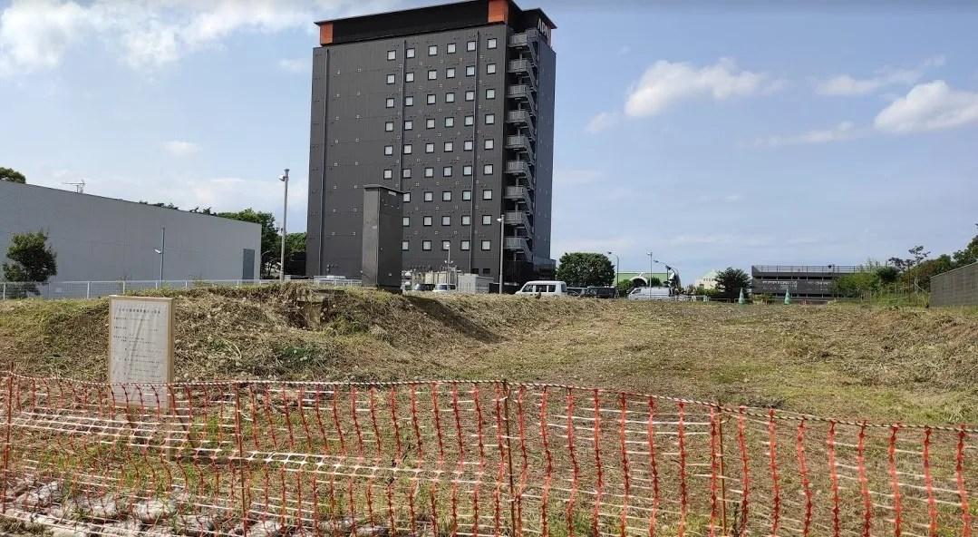 印西牧の原の「アパホテル」さん近くに4F建ての事務所。01
