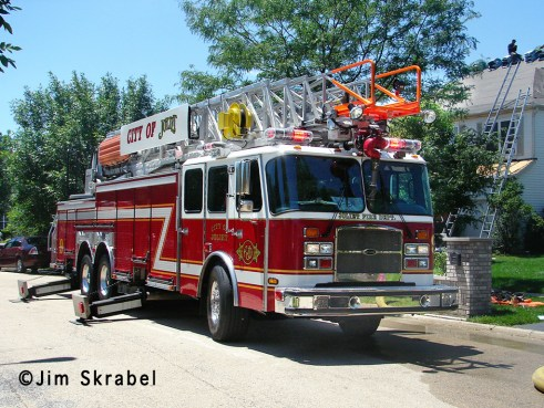 Joliet Fire Department house fire 6-28-11 Sierra Highland Court