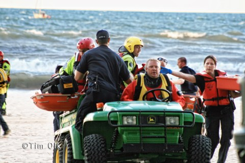 Wilmette Fire Department MABAS Division 3 divers recover swimmer that drowned 8-27-11