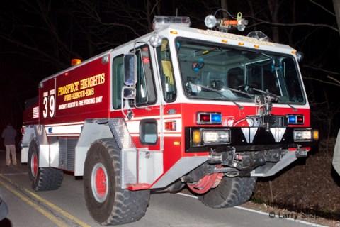 plane crash in Riverwoods IL 11-28-11 Prospect Heights Crash Truck