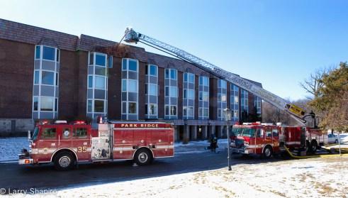 Park Ridge apartment fire Thames Parkway 2-12-12