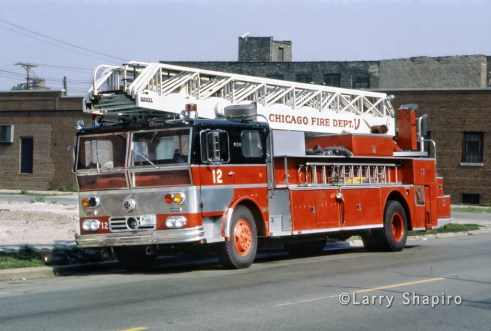 Chicago Fire Department Truck 12 1970 Ward LaFrance Grove aerial