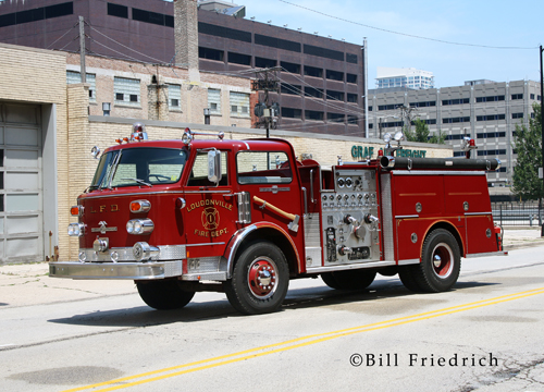 Fire muster in Chicago 2012 Loudonville Century Series American LaFrance
