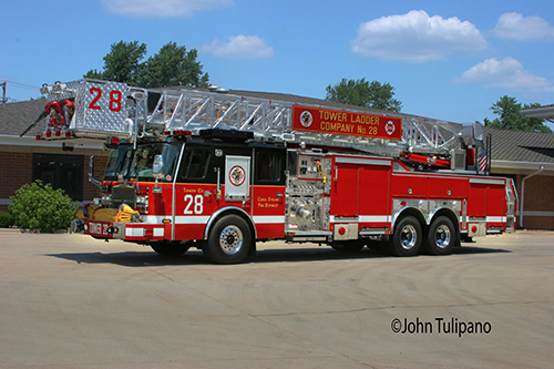 Carol Stream Fire District Tower Ladder 29