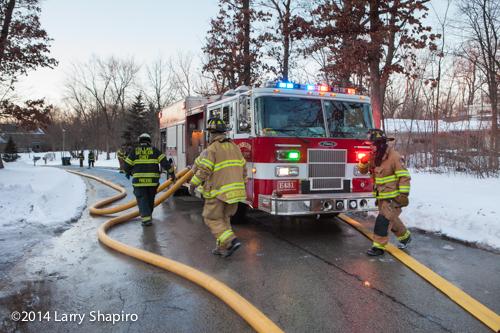 Mundelein IL Pierce fire engine pumping