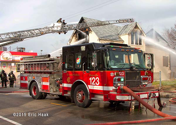 Chicago FD Engine 123 at fire scene