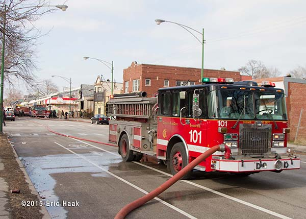 Chicago FD Engine 101 at fire scene