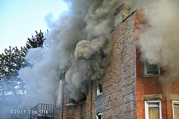 heavy smoke from vacant building fire