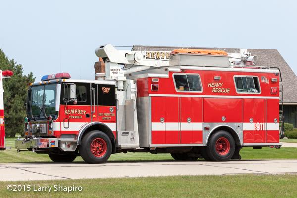 Newport Township FPD Mack Saulsbury heavy rescue squad