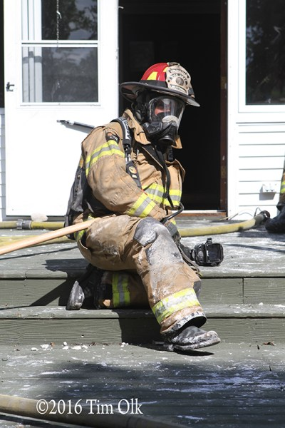 firefighter in full PPE