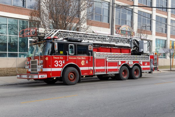 Chicago FD Truck 33