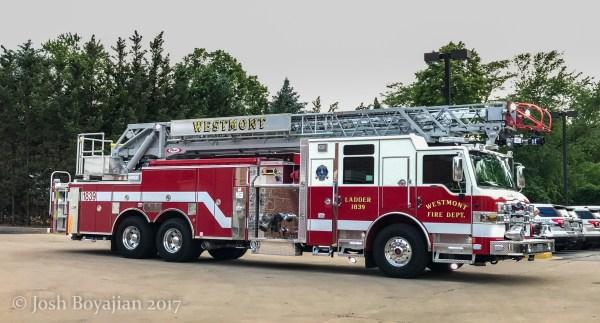 Westmont FD Truck 1839 Pierce Velocity quint