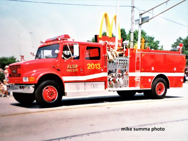 FMC Sentinel fire engine