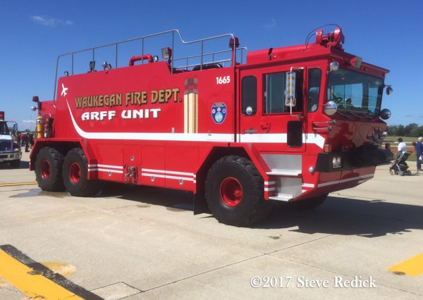 Waukegan Fire Department Oshkosh T3000 ARFF unit
