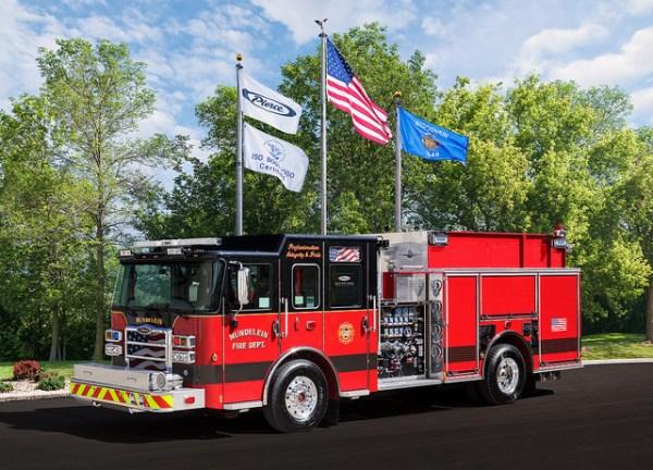 new fire engine for Mundelein IL