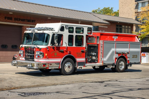 River Forest FD Engine 213