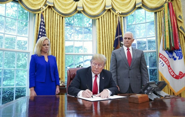 150620-donald-trump-family-separation-bill-njs-1523_2a541692ffb6e4daee004f46a104a835.fit-1240w