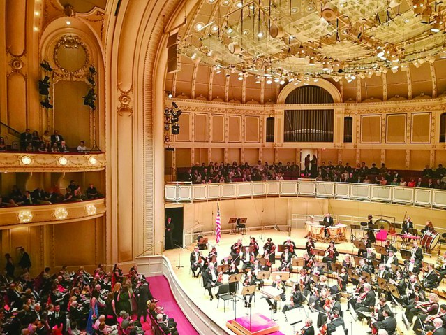 800px-Orchestra_Hall_at_the_Symphony_Center_in_Chicago