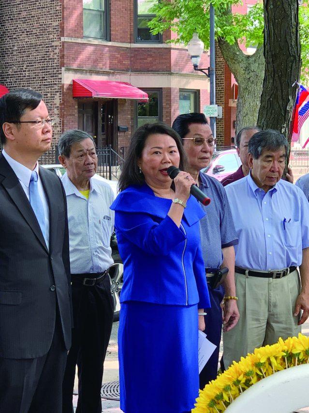 照片一:中華會館主席黃於紋致辭