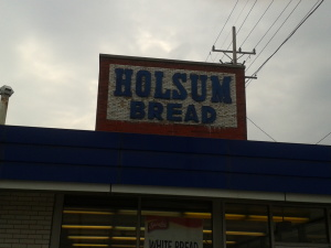 Niles Outlet Store Review Holsum Bread Bakery Outlet Chicago On The Cheap