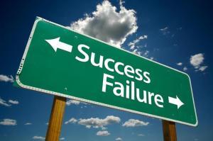 SuccessFailureSign_GreenWhiteSky