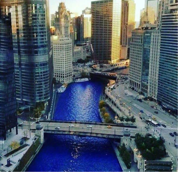 ChicagoRiverCubbieBlue