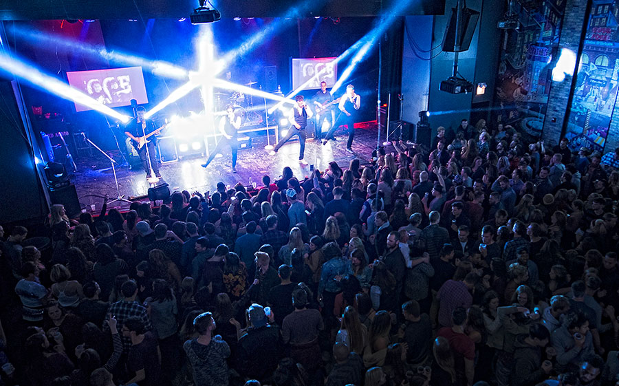 Boy Band Review at Durty Nellie's in Palatine on November 21, 2018