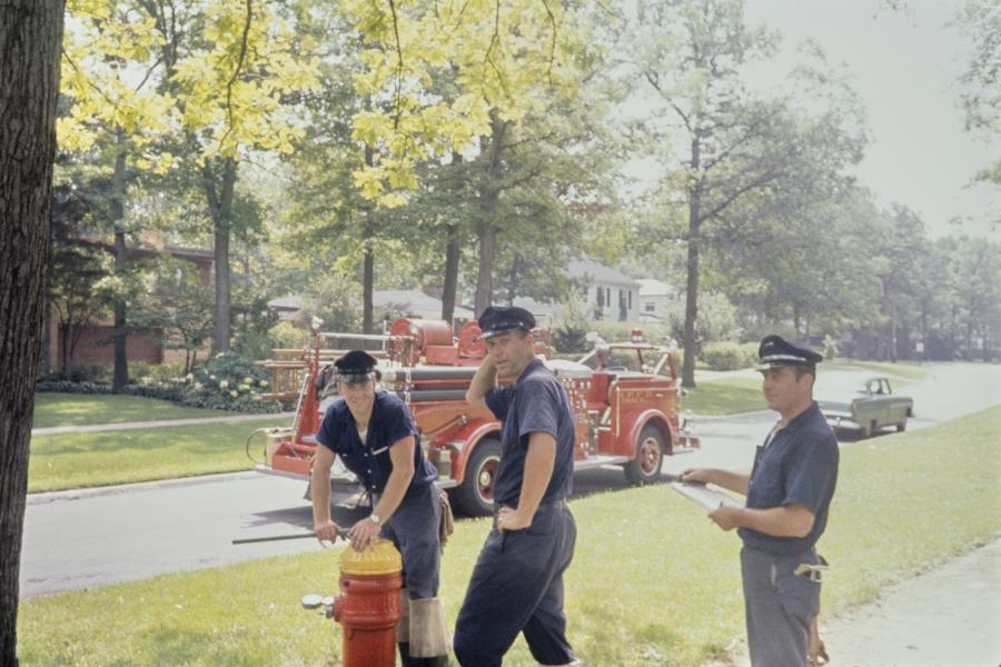 Vivian Maier, Three Highland Park Firemen