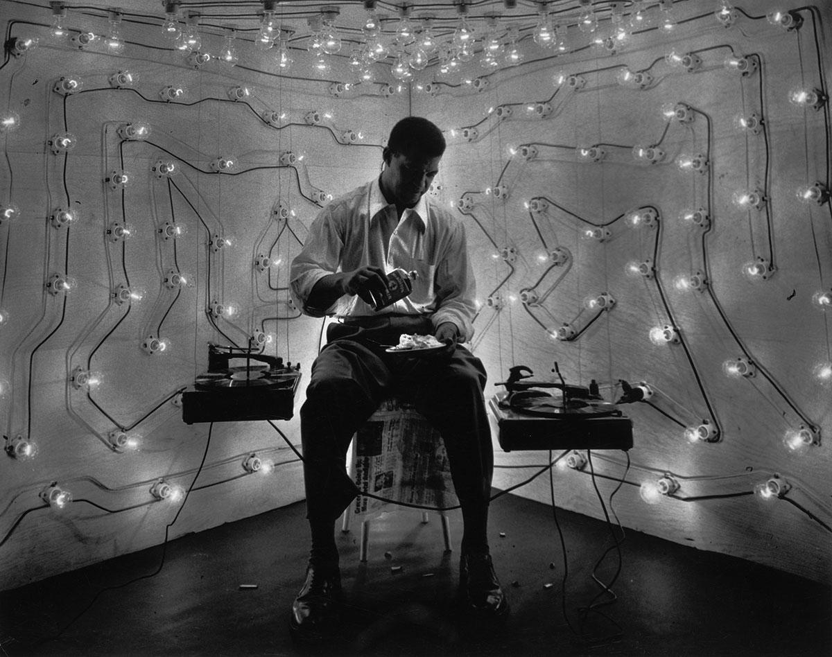 Gordon Parks, <i>Untitled (Harlem, New York)</i>, 1952
