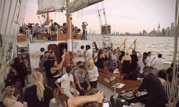 <i>Reader</i> Booze Cruise