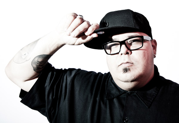 Chicago house has been transformed by the globalization of electronic music in the digital age, but a mix from DJ Sneak still sounds familiar.